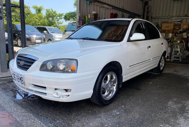 Hyundai Elantra 1.8 DX 2004