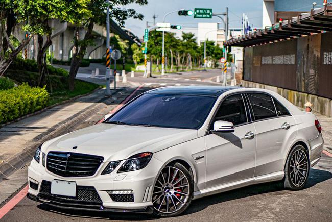 M-BENZ E63 AMG Estate (S212) 2010