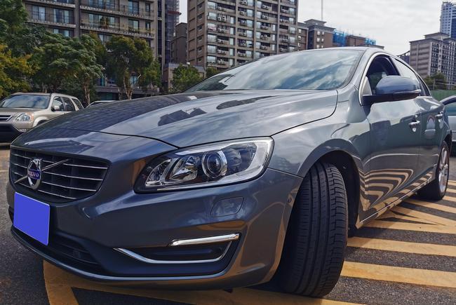 Volvo S60 T4 2.0T 安全旗艦版 (2代) 2016