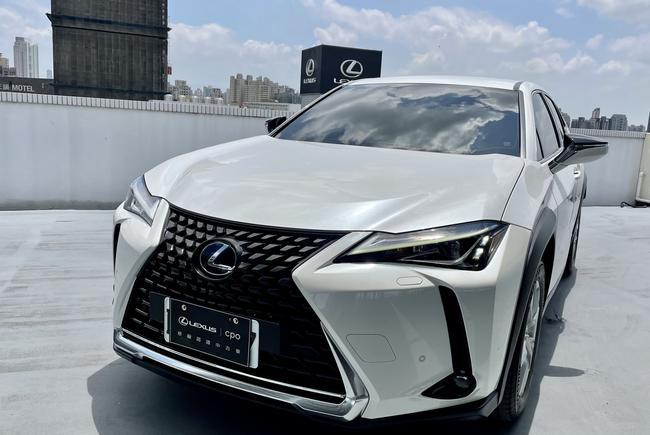 LEXUS UX250h 豪華版 2019